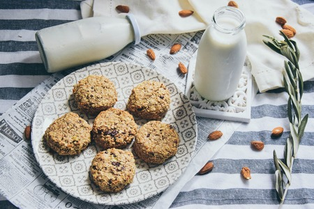 Banana oat mini cakes