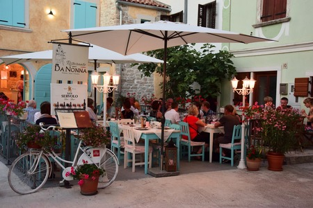 Charming little restaurant Da nonna in the heart of our fishermen's town Fažana